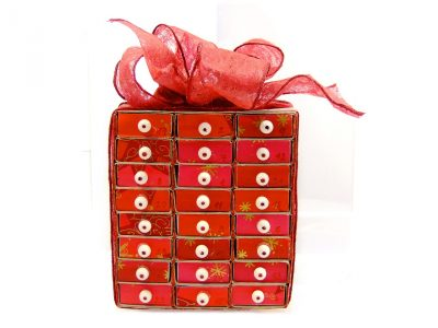 Picture of red gift box.