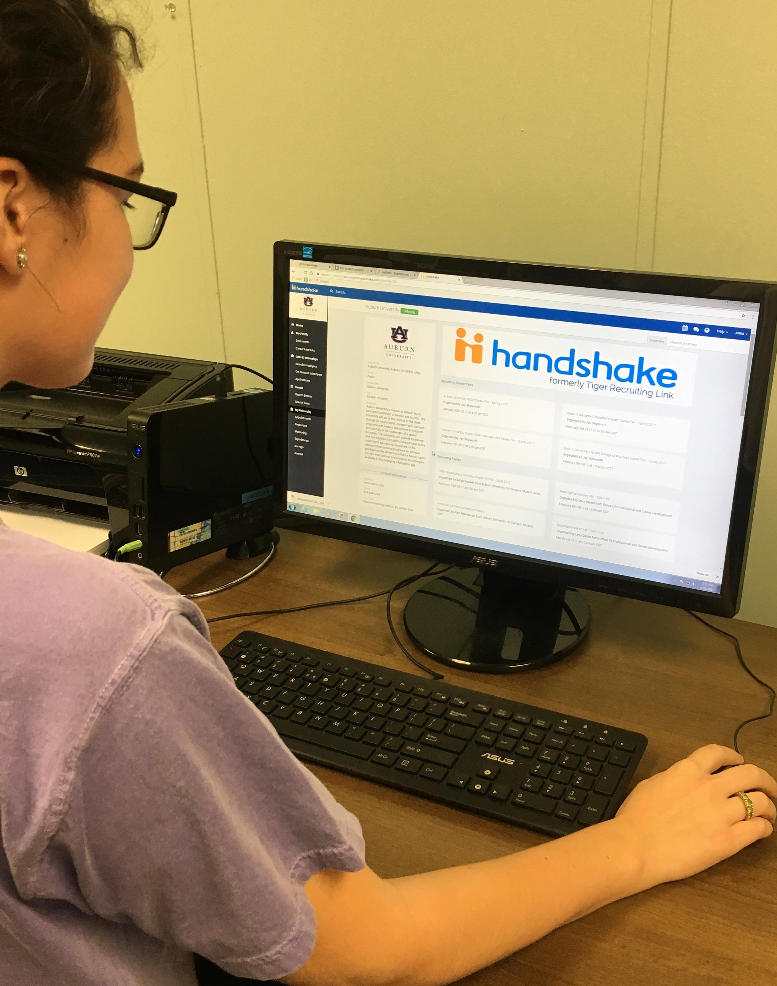 Photo of student using the Handshake job platform.
