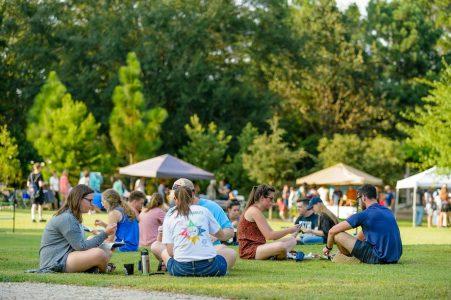 Photo of people attending the Auburn University Sustainability Picnic.